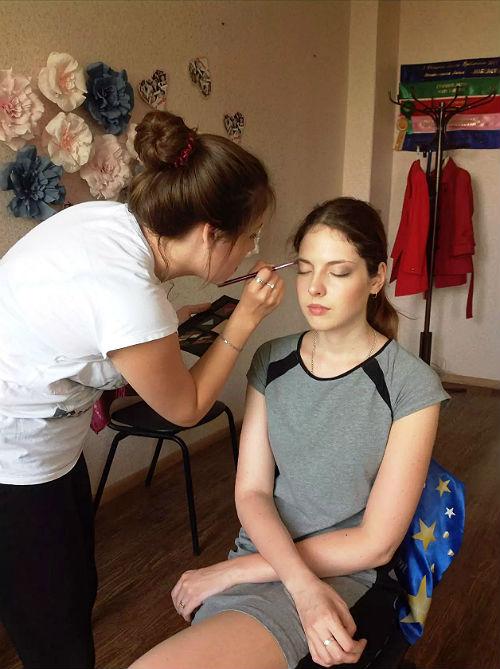 Отработка делового макияжа