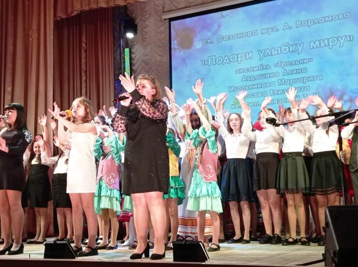 otchetnyj-konczert-detskoj-shkoly-iskusstv-kamenskogo-rajona